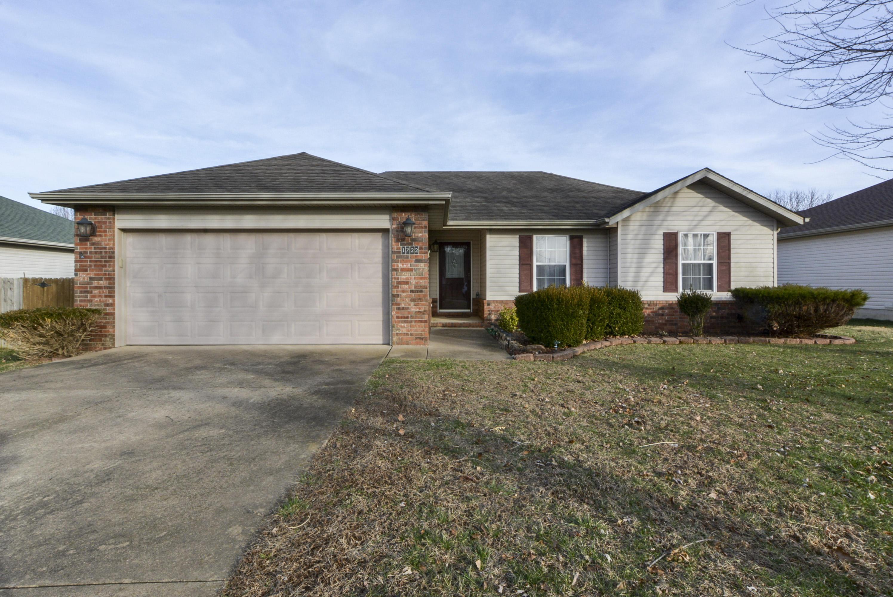 1722 South Waco Avenue Springfield, MO 65802