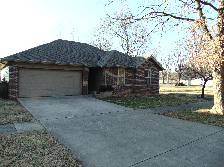 1319 South Kansas Avenue Springfield, MO 65807