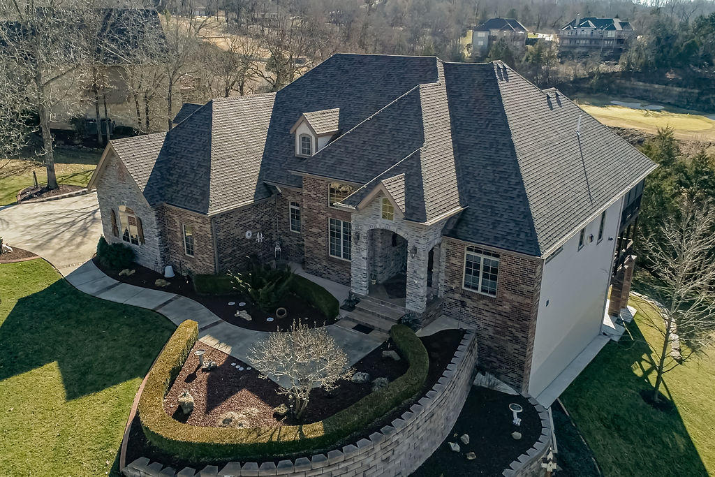 111 Silver Oak Way Branson West, MO 65737