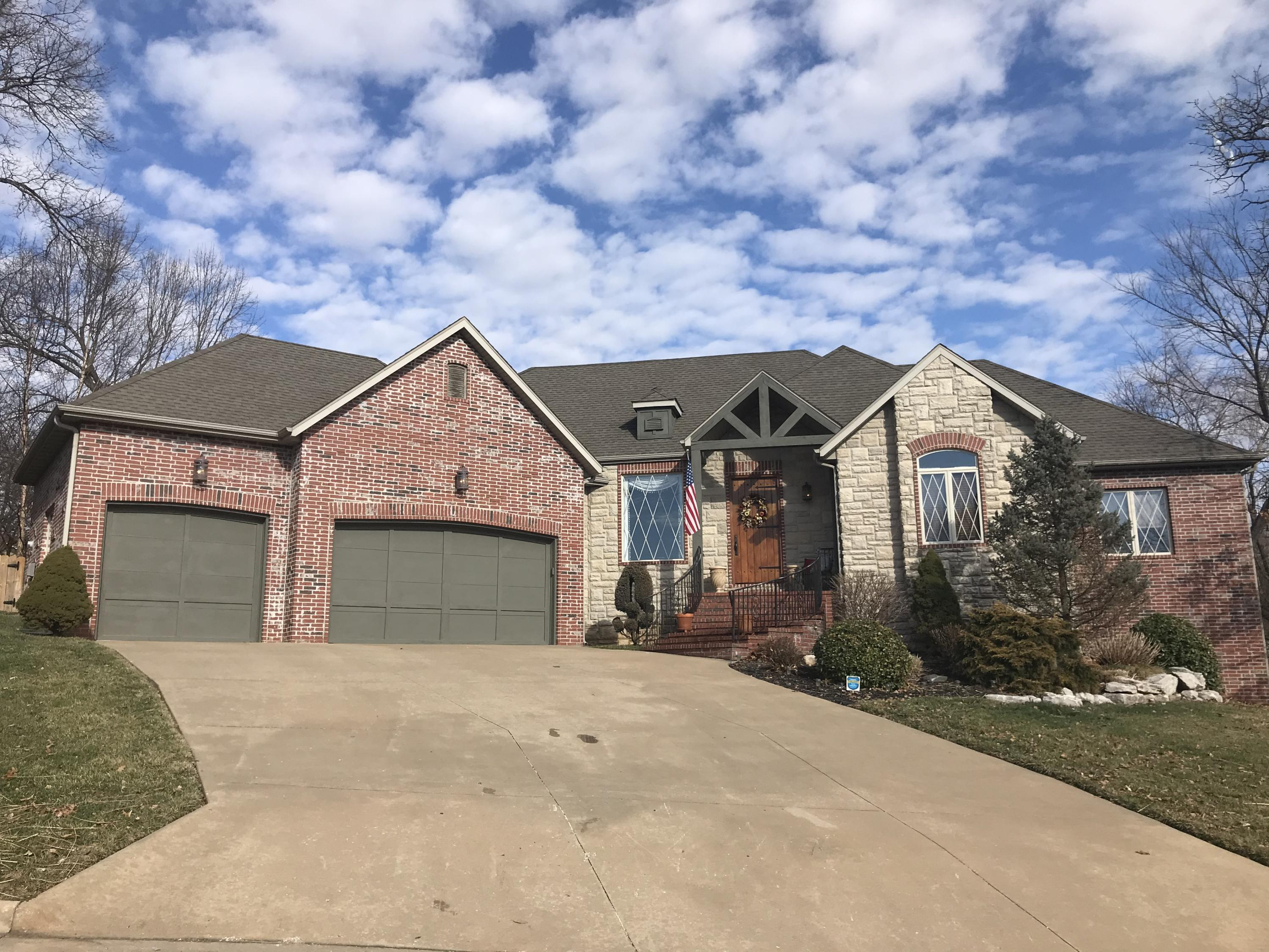 1441 West Oakville Road Springfield, MO 65810