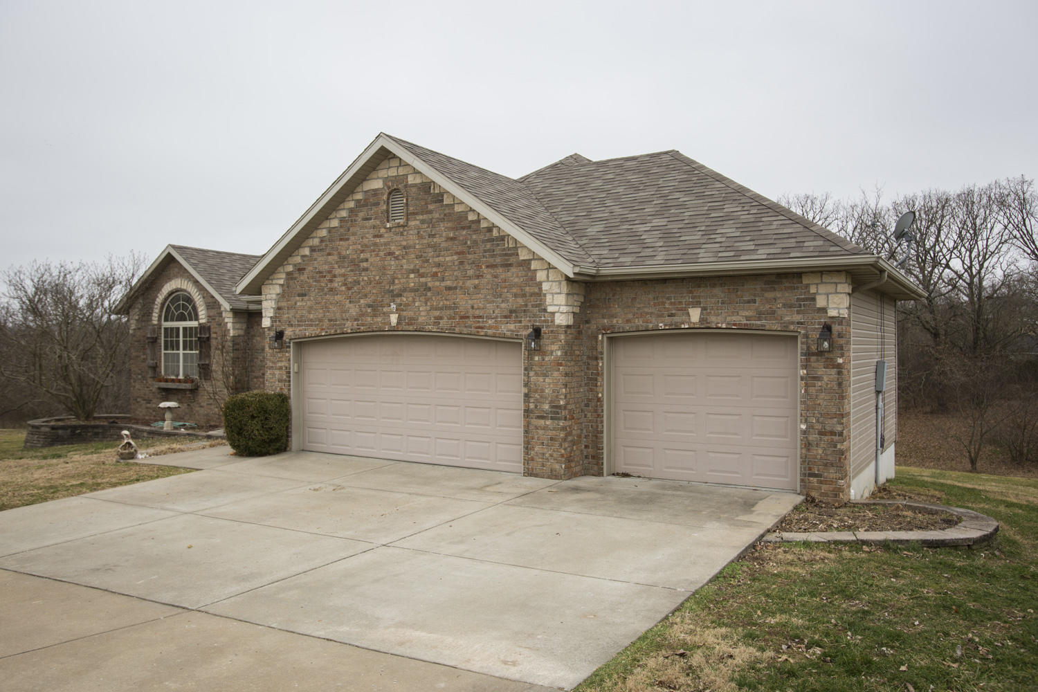 1625 South Mayfair Lane Nixa, MO 65714