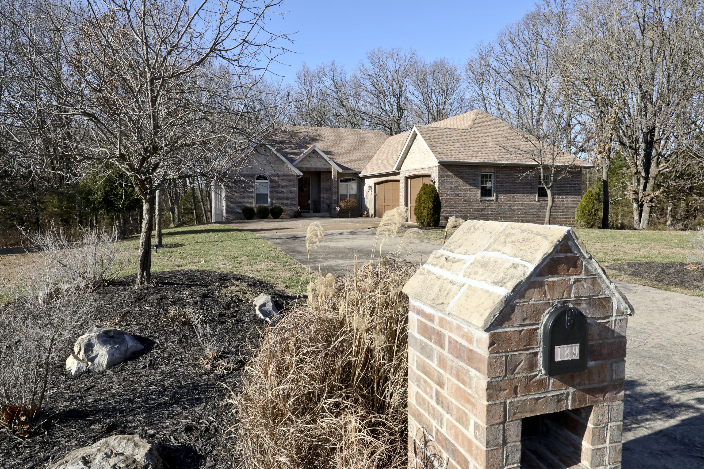 189 Woodfield Drive Highlandville, MO 65669