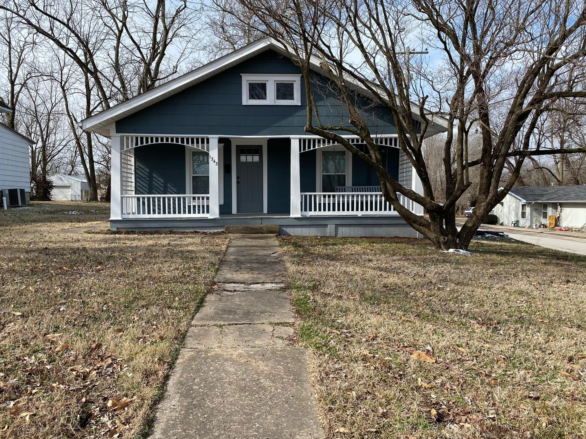 1343 North Rogers Avenue Springfield, MO 65802