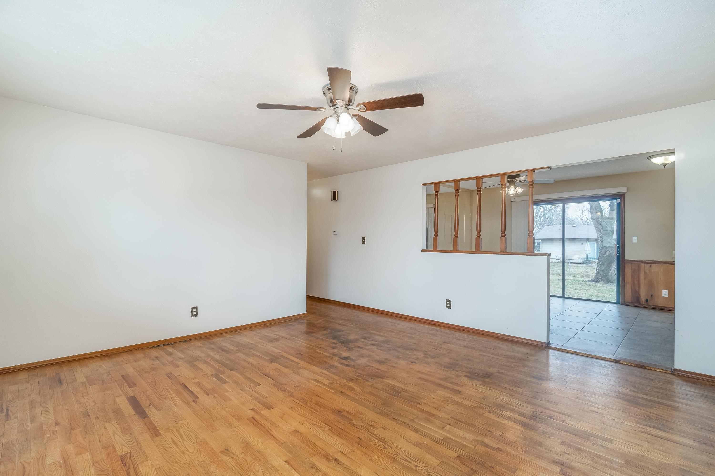 1241 East Cambridge Street Springfield, MO 65804
