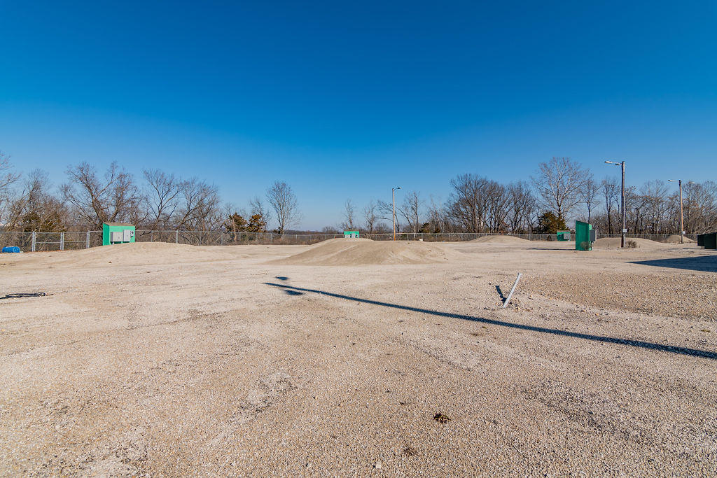 1157 West Country Boulevard Branson, MO 65616