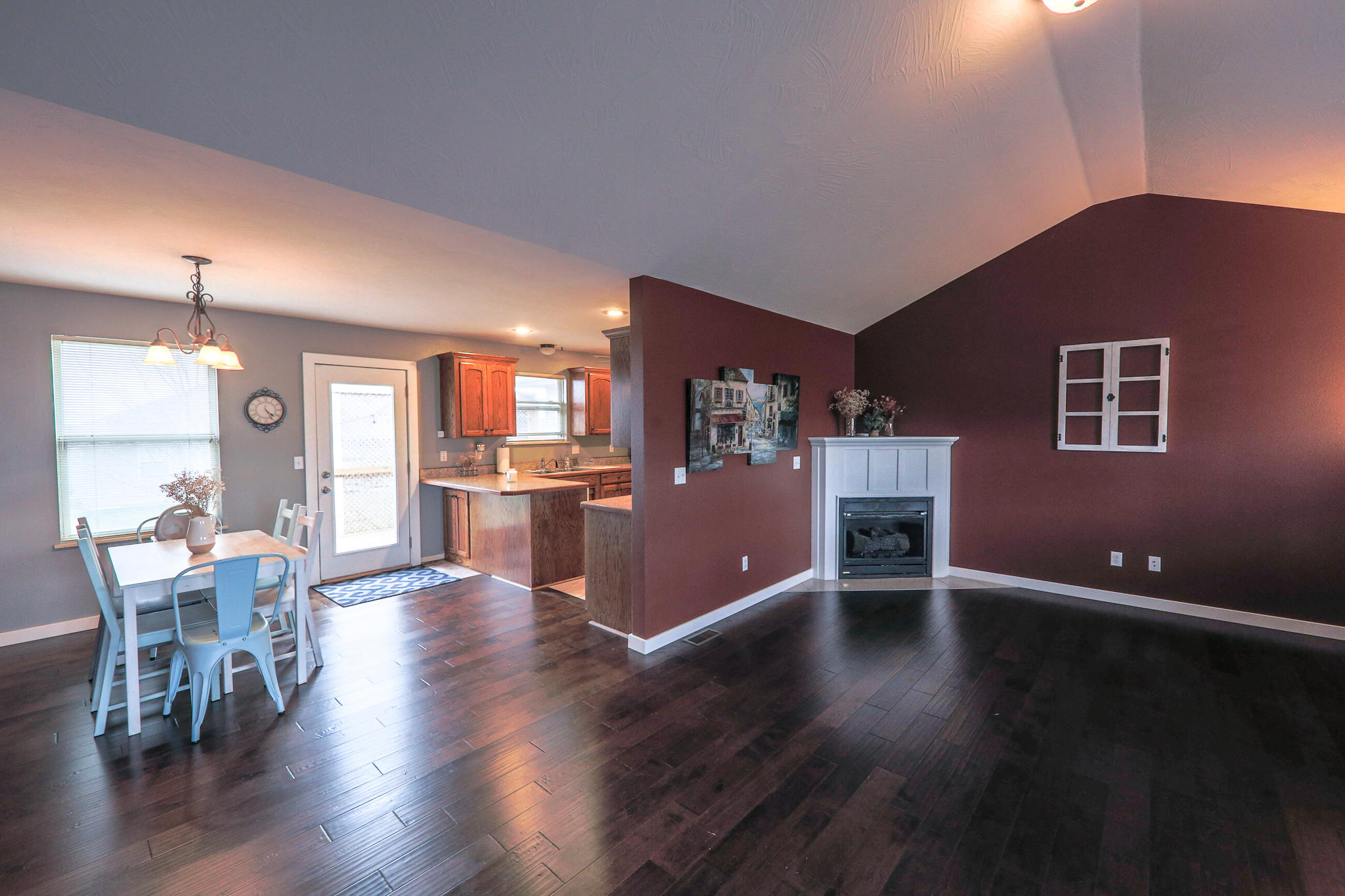 604 Osage Street Clever, MO 65631