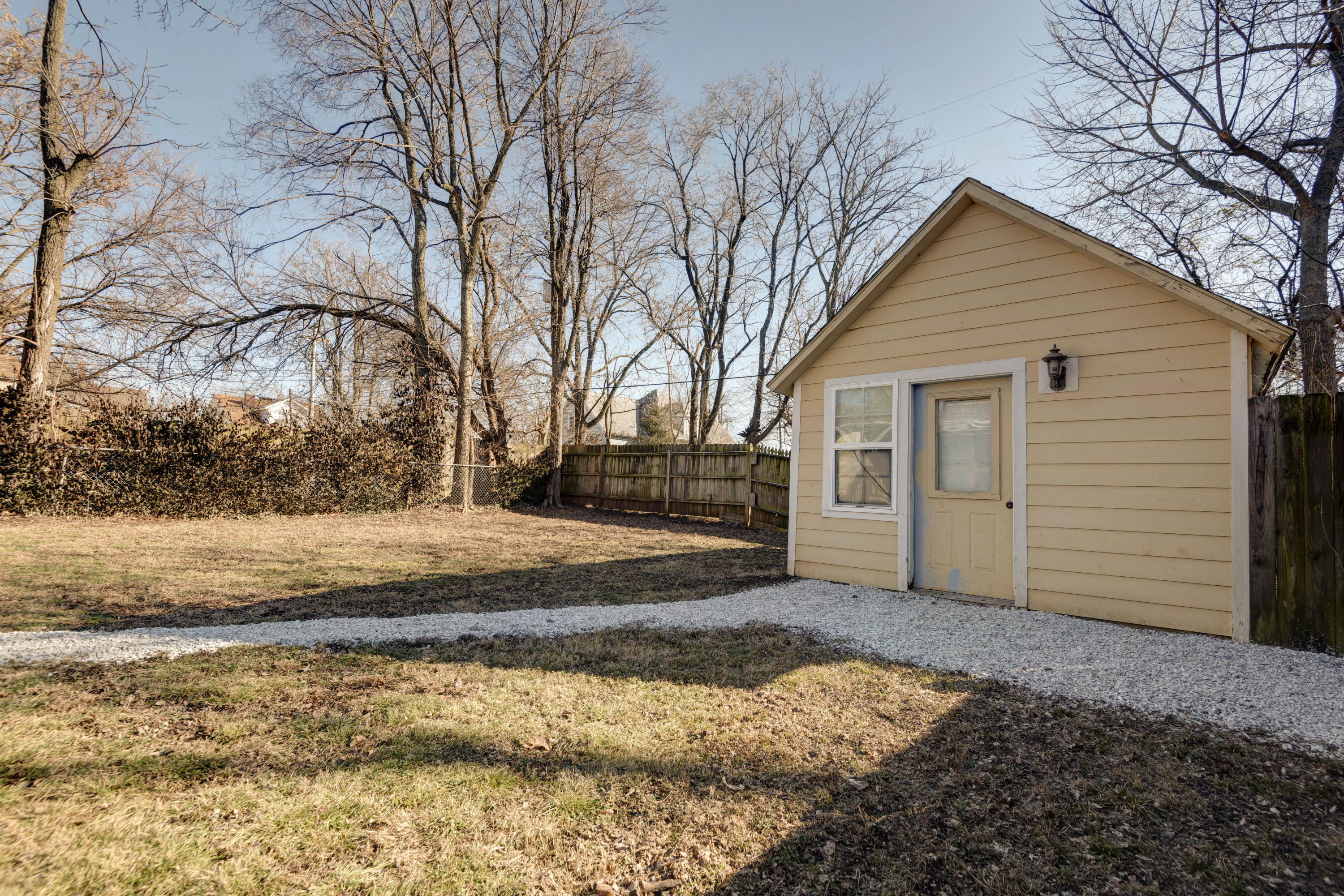 728 West Central Street Springfield, MO 65802