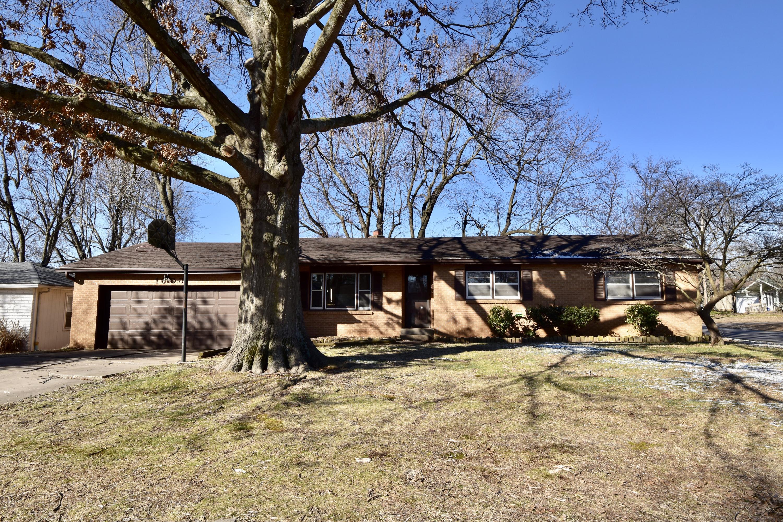 1603 South Estate Avenue Springfield, MO 65804