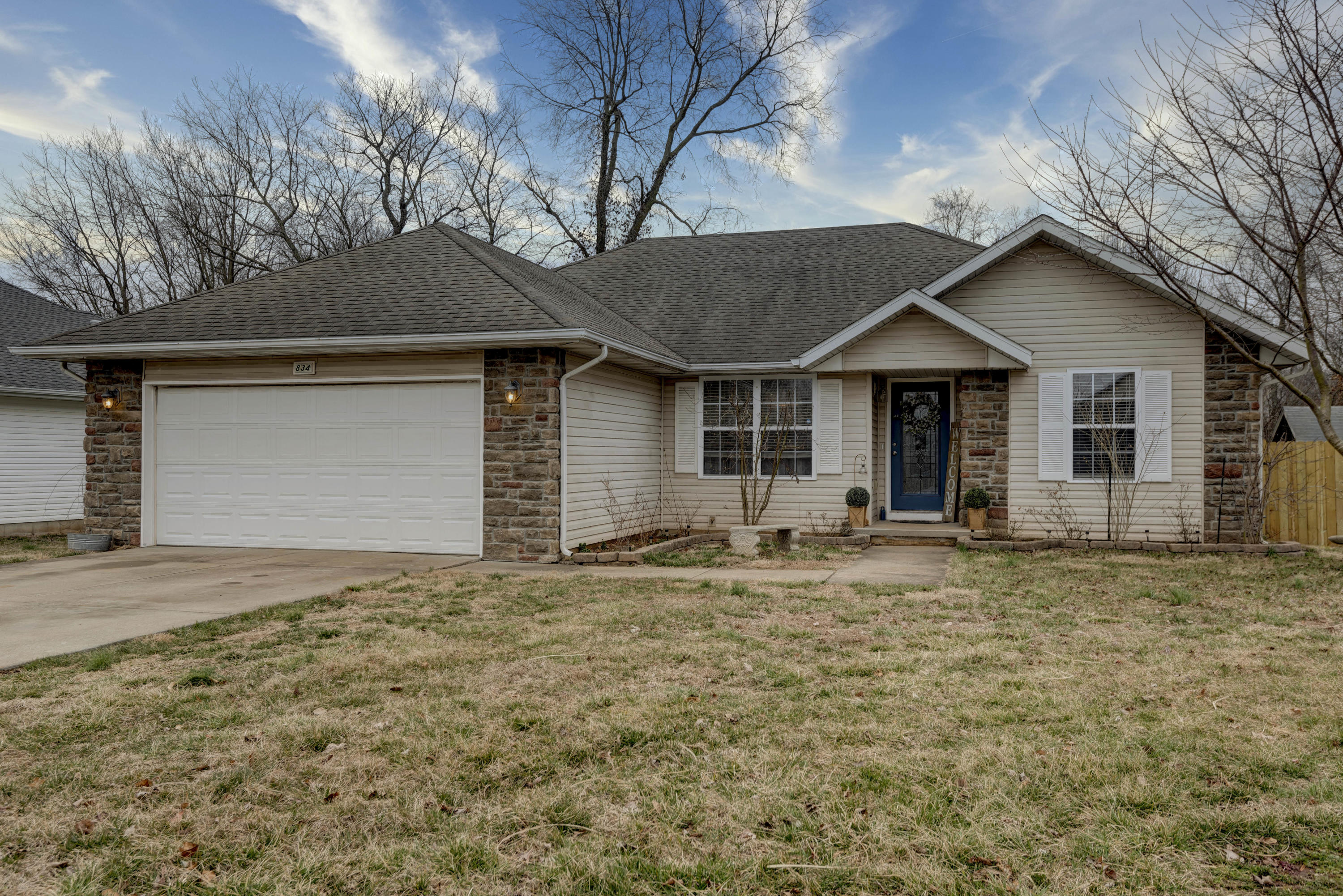 834 South Lester Road Springfield, MO 65802