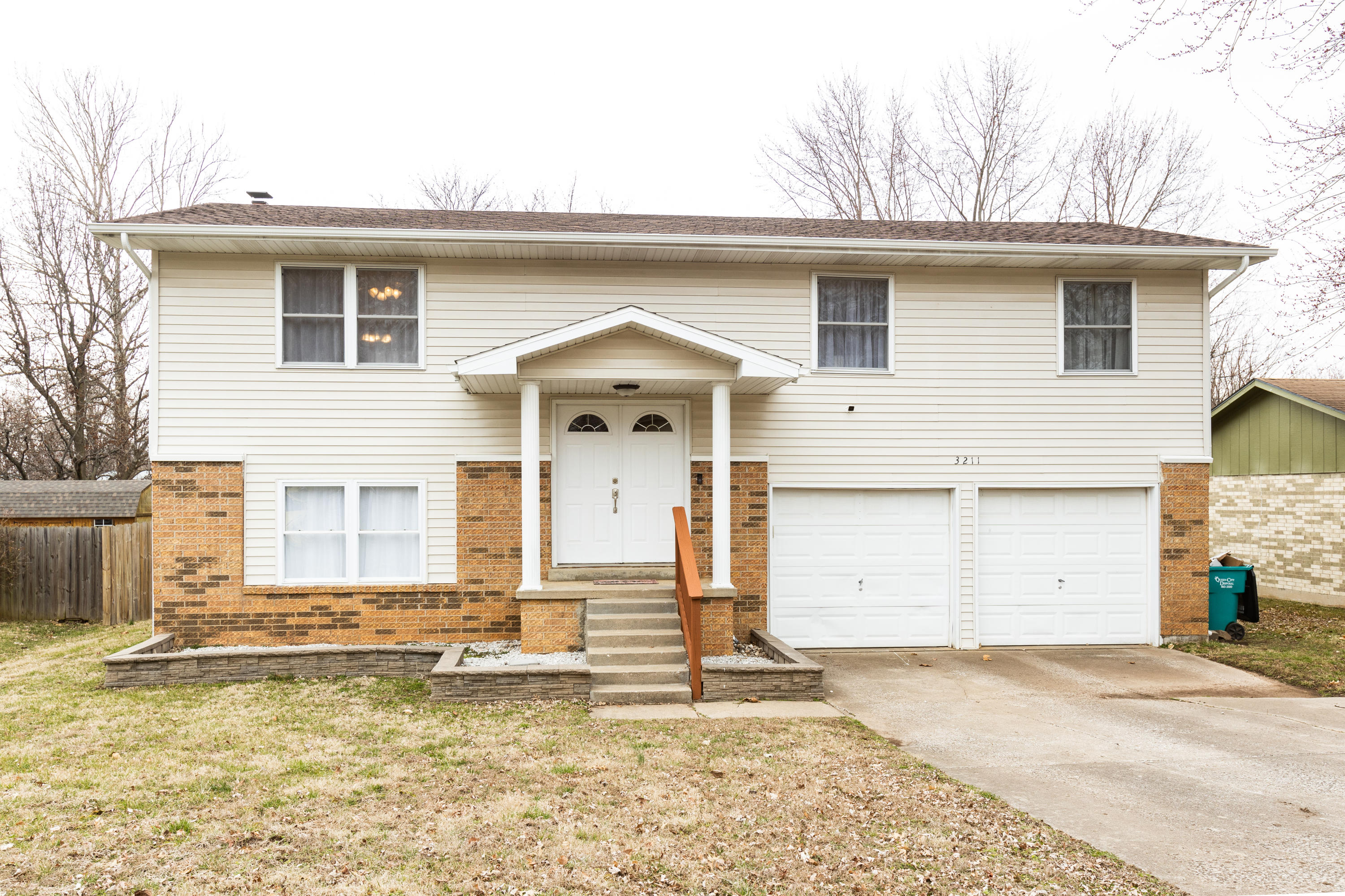 3211 West Winchester Road Springfield, MO 65807