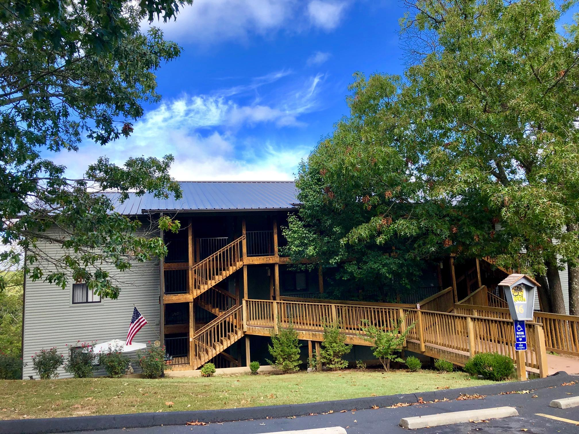 437 Notch Lane UNIT 12 Branson West, MO 65737