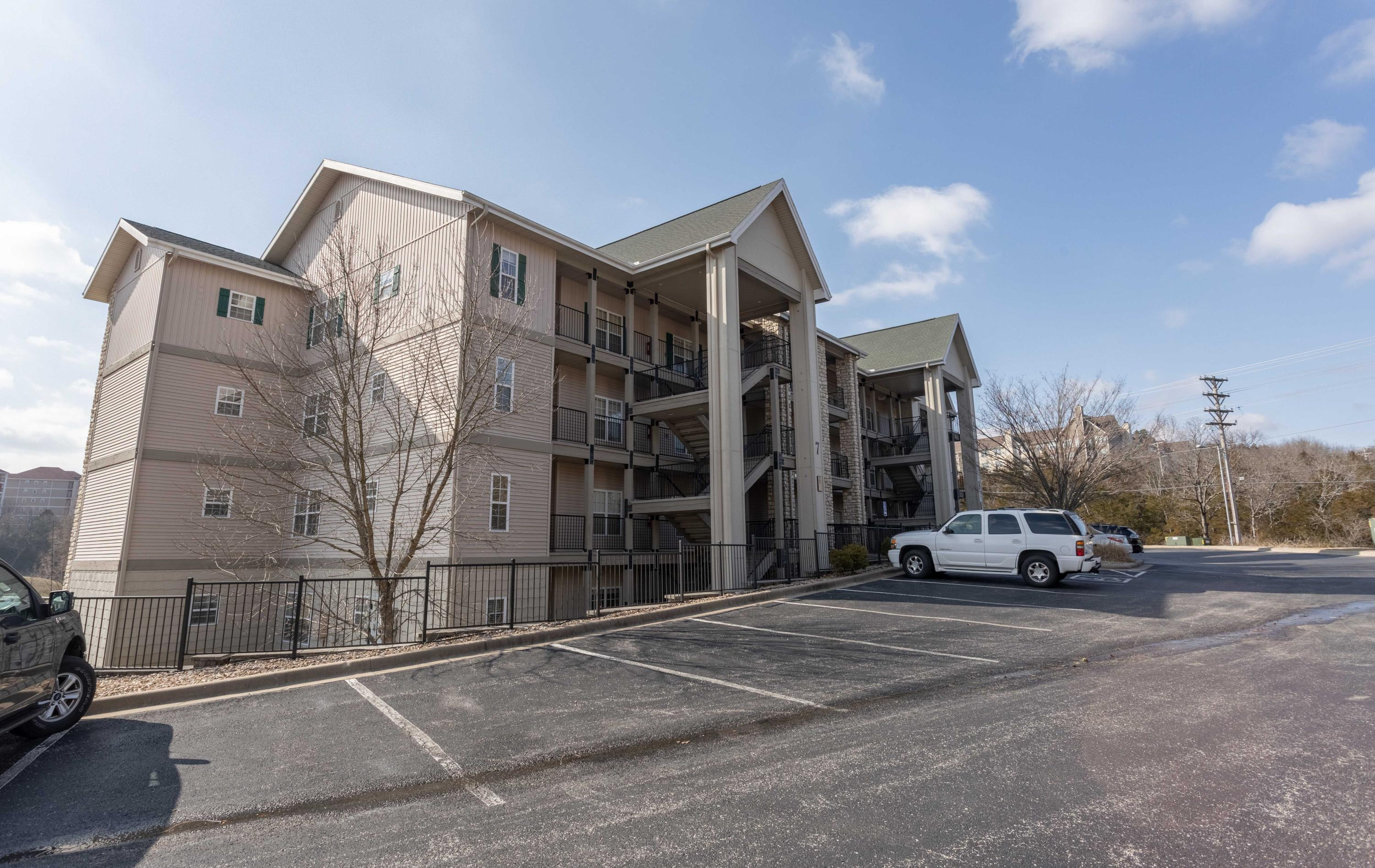 310 South Wildwood Drive UNIT #1 Branson, MO 65616