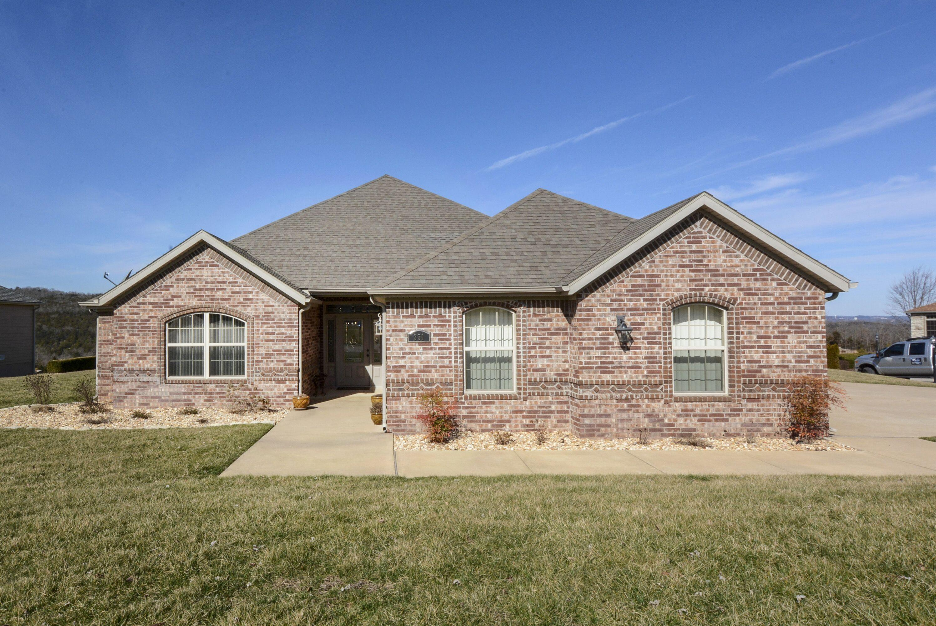 351 Black Rock Drive Hollister, MO 65672