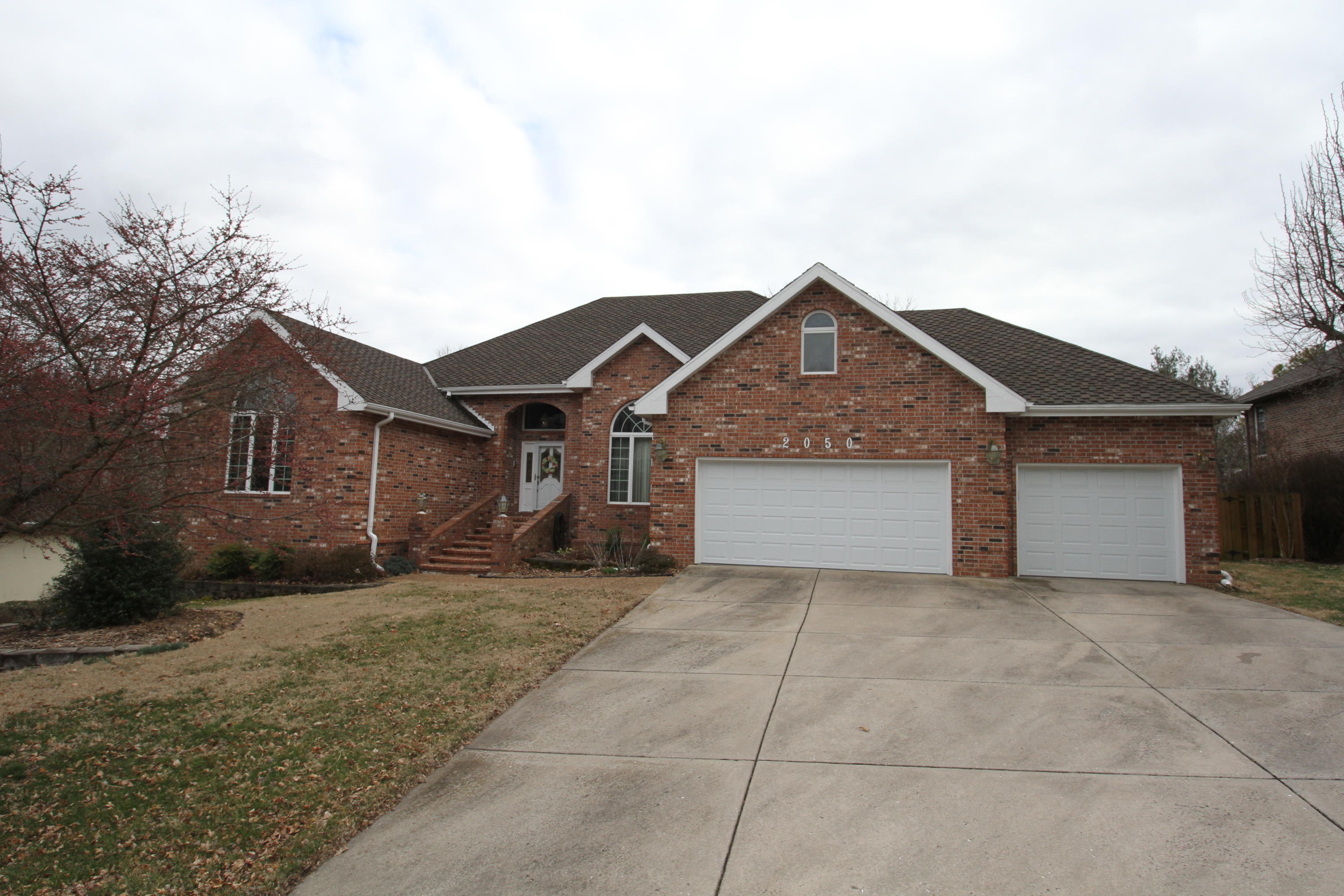 2050 East Norshire Street Springfield, MO 65804