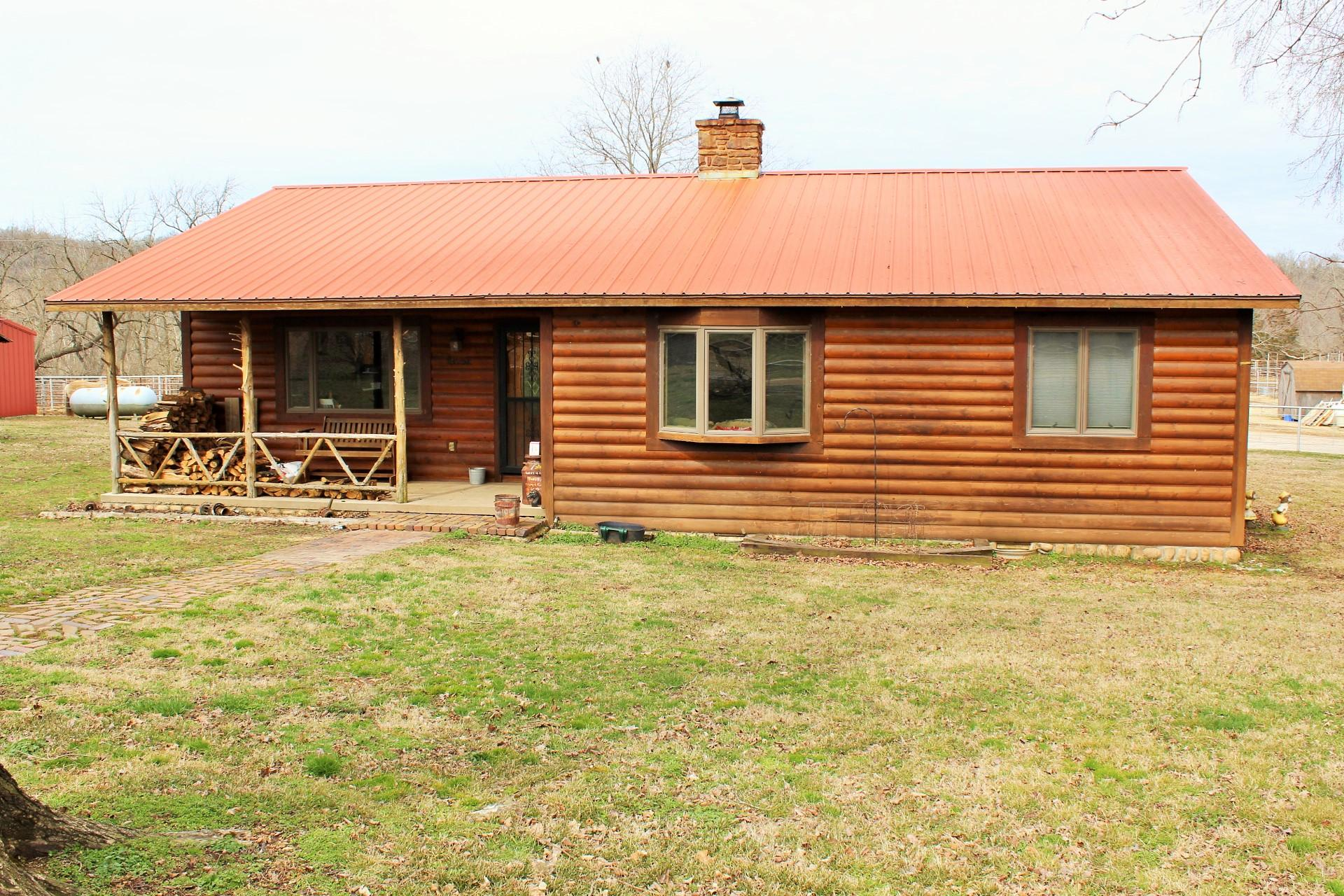 25200 Ranch Road Gentry, AR 72734
