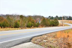 000 Coon Creek Road, Hollister, MO 65672