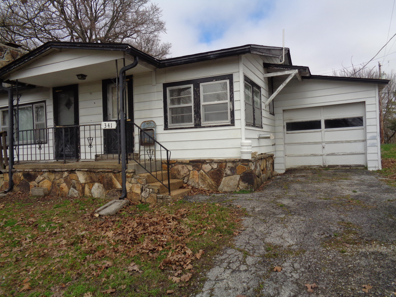 341 Felkins Avenue Forsyth, MO 65653