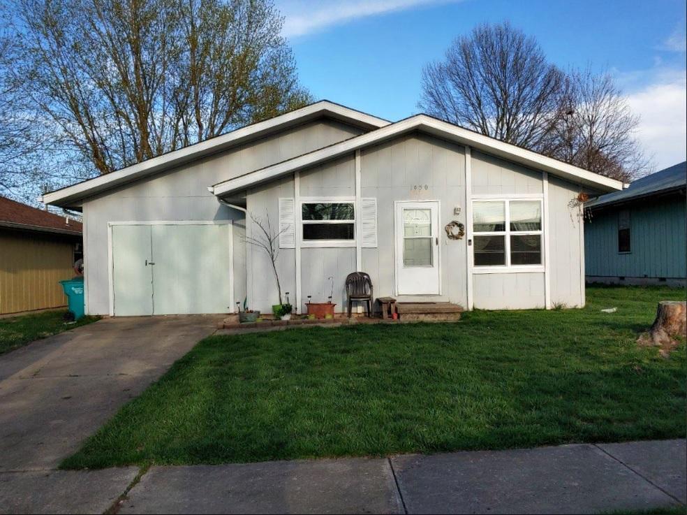 1650 North Lone Pine Avenue Springfield, MO 65803