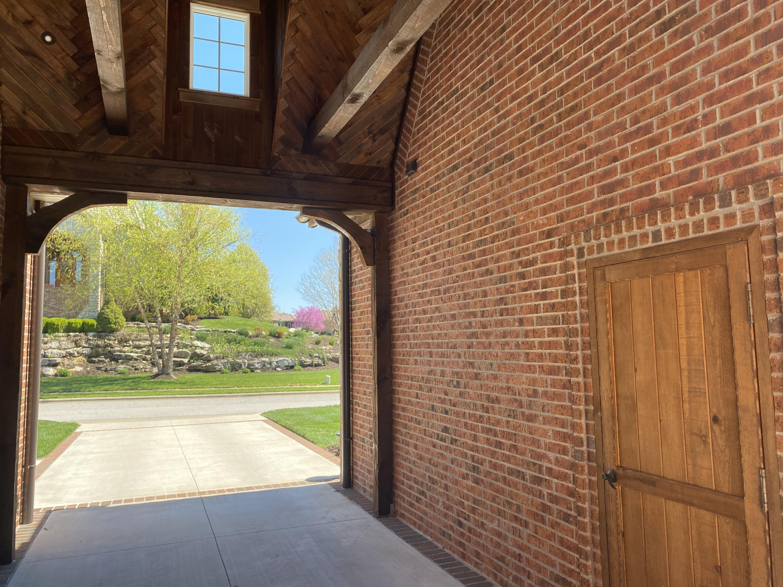 6137 South Natural Falls Drive Ozark, MO 65721