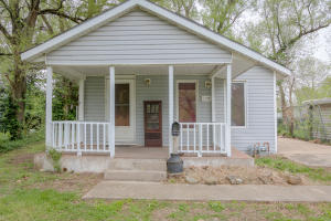 2935 West Madison Street, Springfield, MO 65802