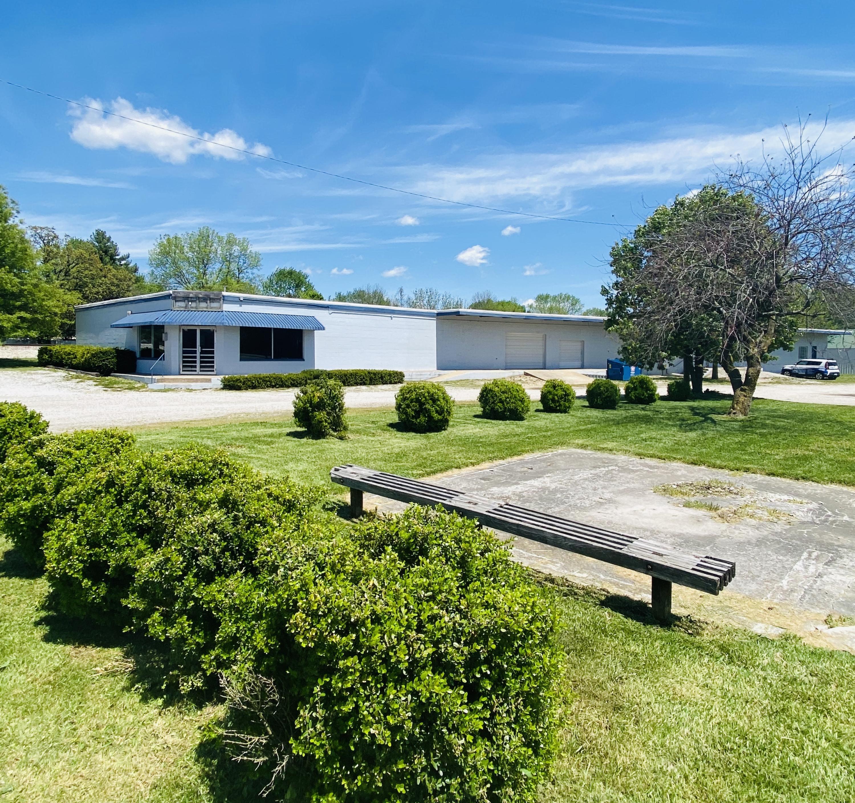 106 East Center Street Rogersville, MO 65742