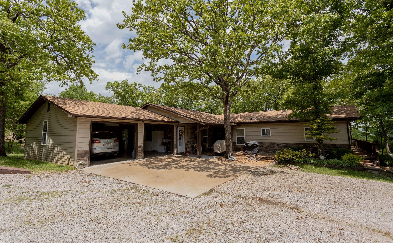 63 White Oak Lane Branson West, MO 65737