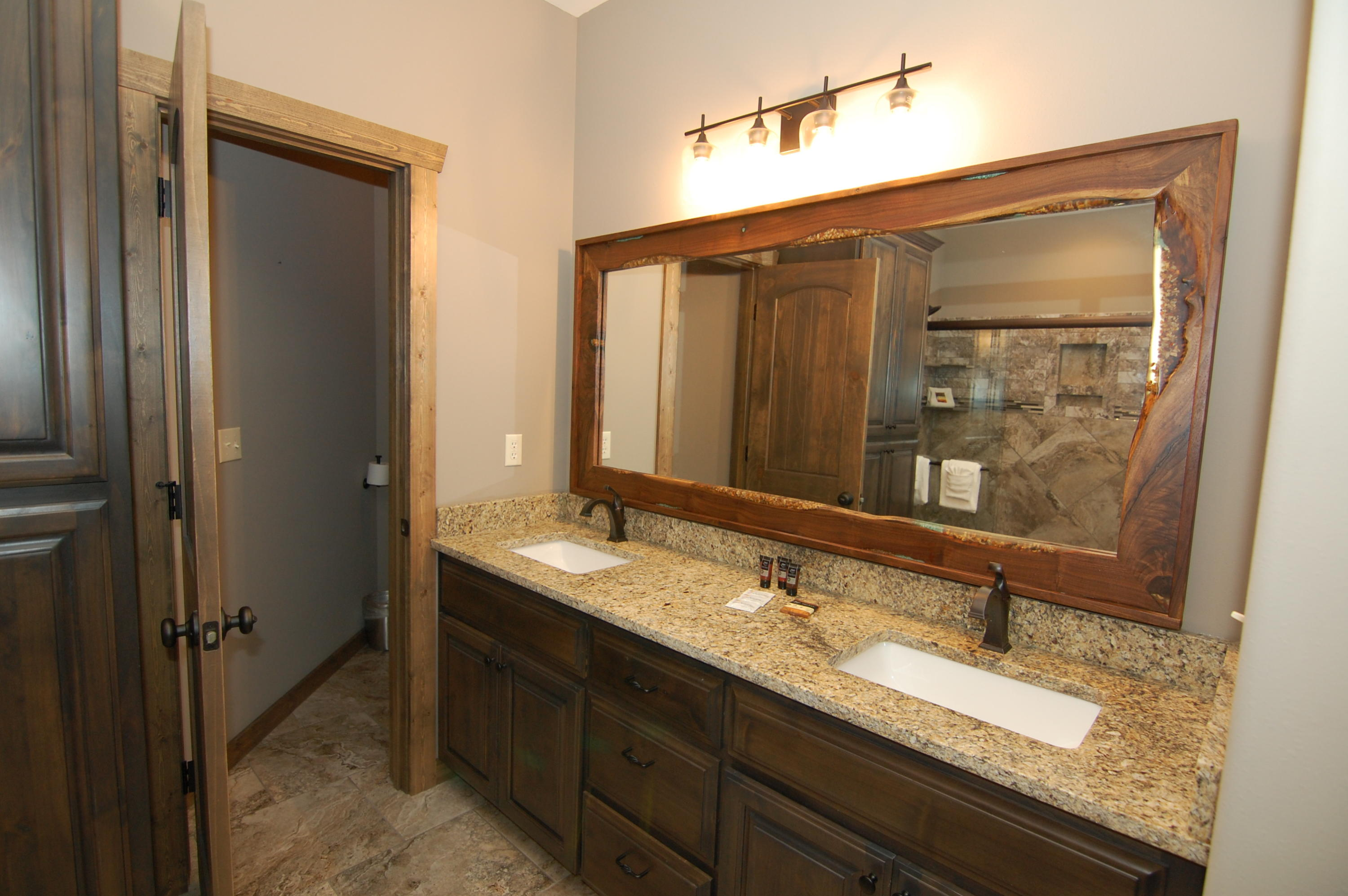 26 Cave Lane UNIT 7 Indian Point, MO 65616