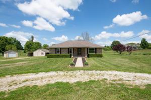 9896 West Farm Rd 76, Willard, MO 65781