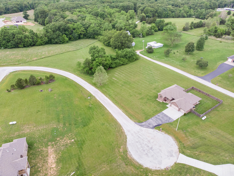 1728 West Big Meadows Lane Nixa, MO 65714