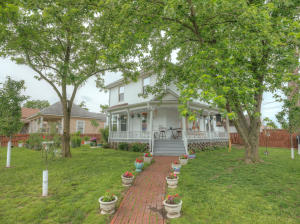 216 North Liberty Street, Webb City, MO 64870