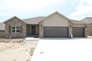 5646 East Park Place, Strafford, MO 65757