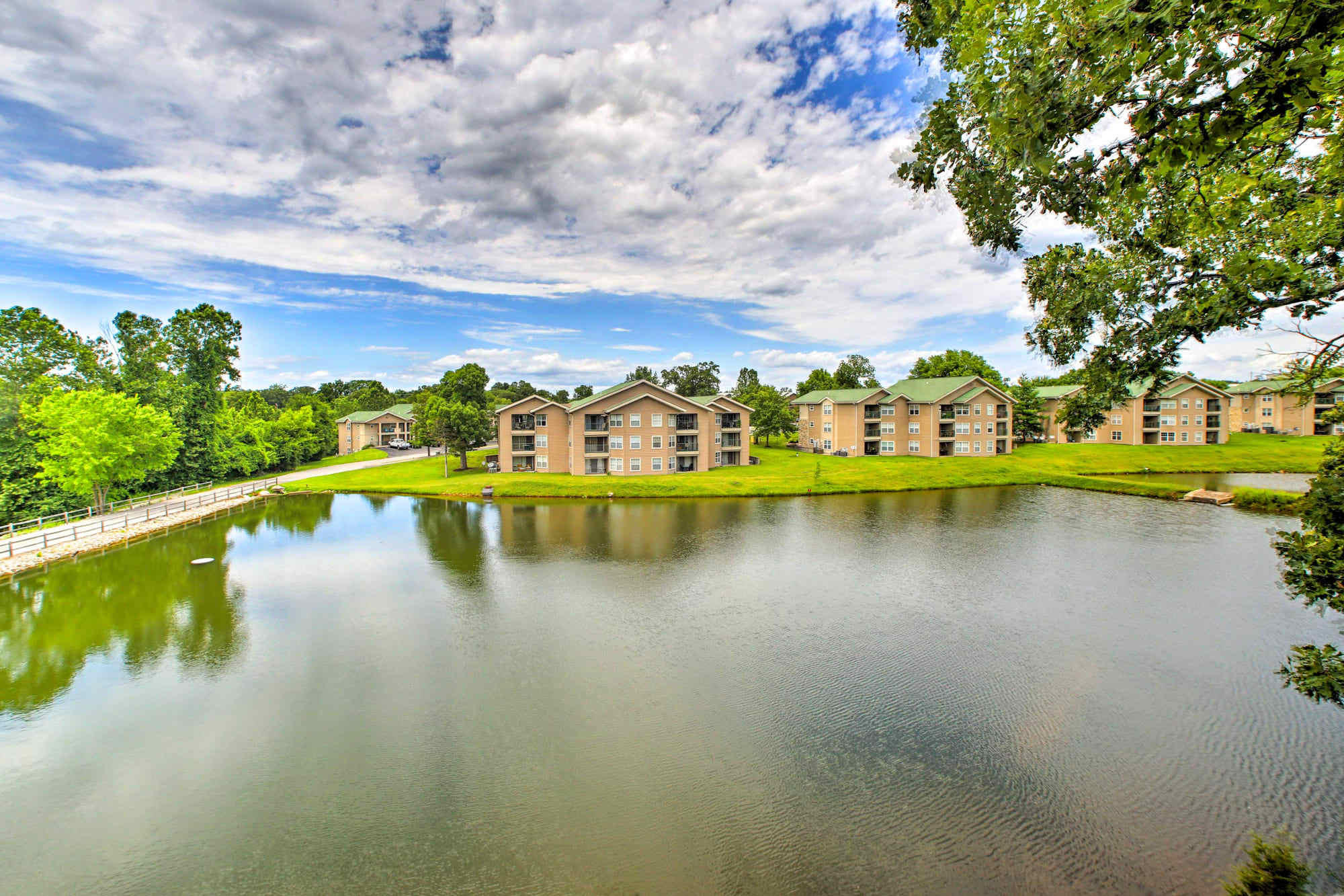 188 West Rockford Dr. Unit 6 Bld P Branson, MO 65616