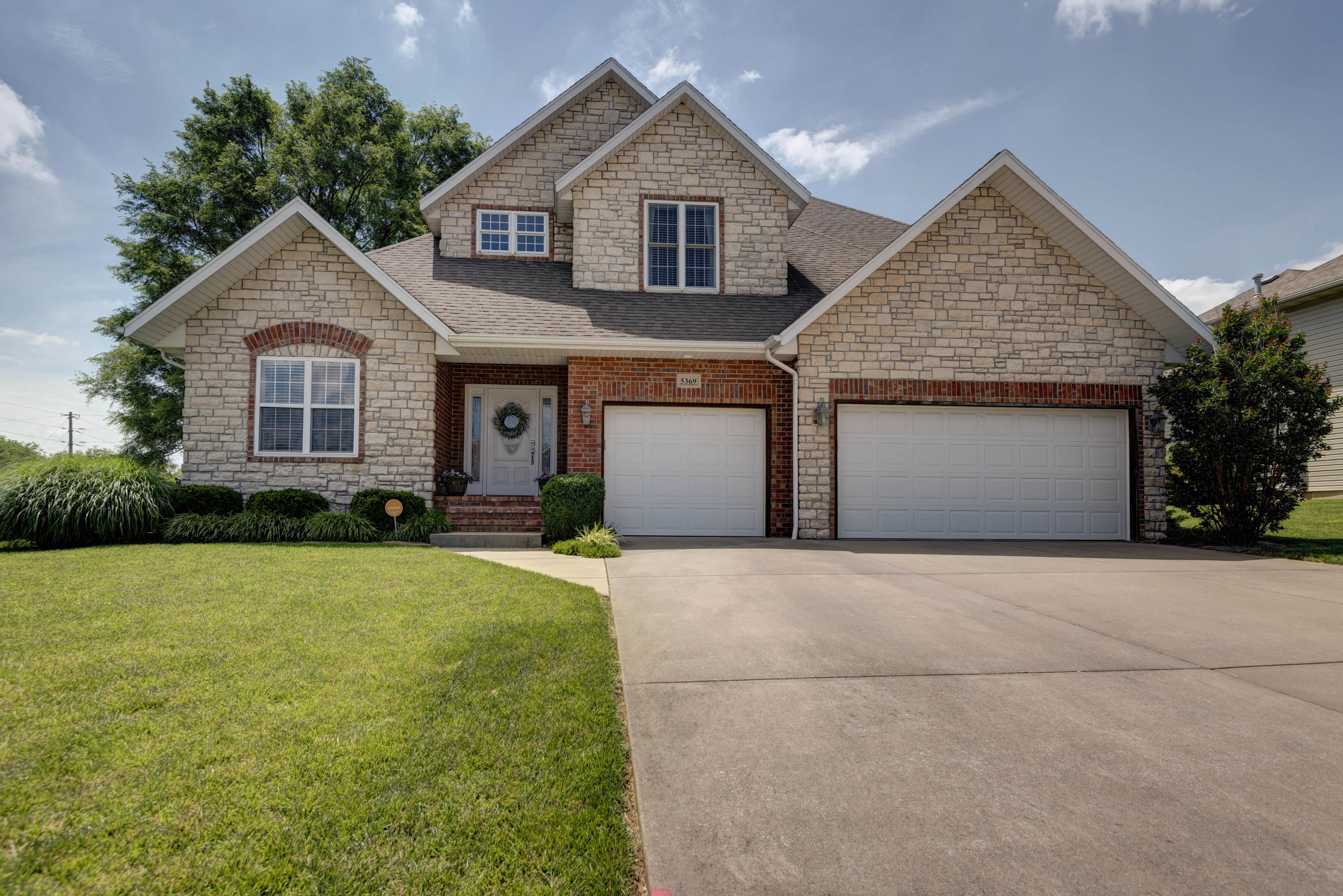 5369 South Lincoln Drive Battlefield, MO 65619