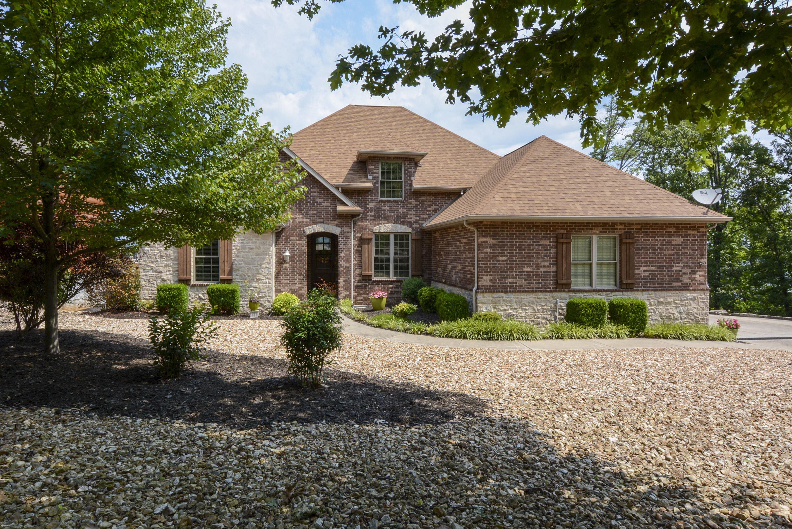 407 Eagles Point Lane Shell Knob, MO 65747