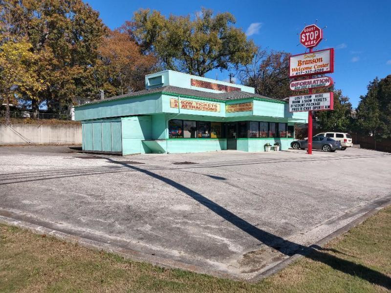 921 Main Street Branson, MO 65616