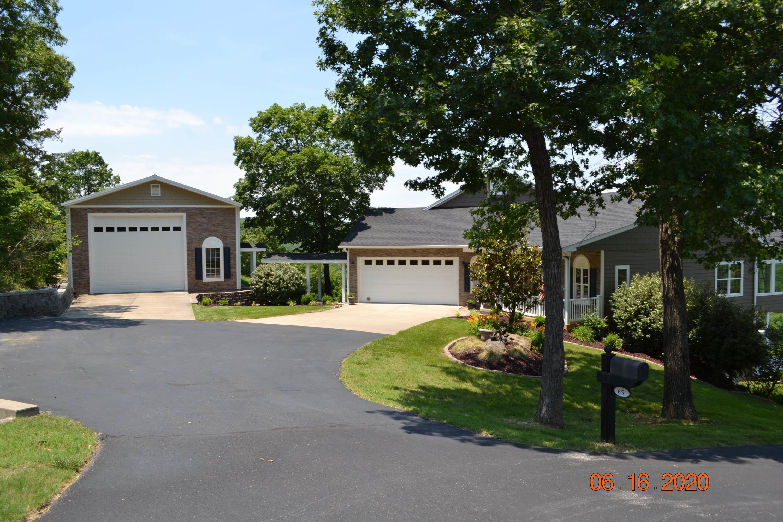 65 Brianwood Lane Reeds Spring, MO 65737