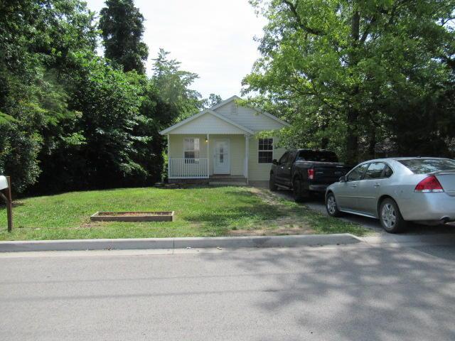 810 Knox Avenue Hollister, MO 65672