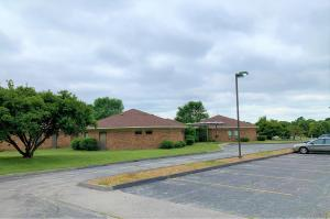 1328 East Evergreen Street, Springfield, MO 65803