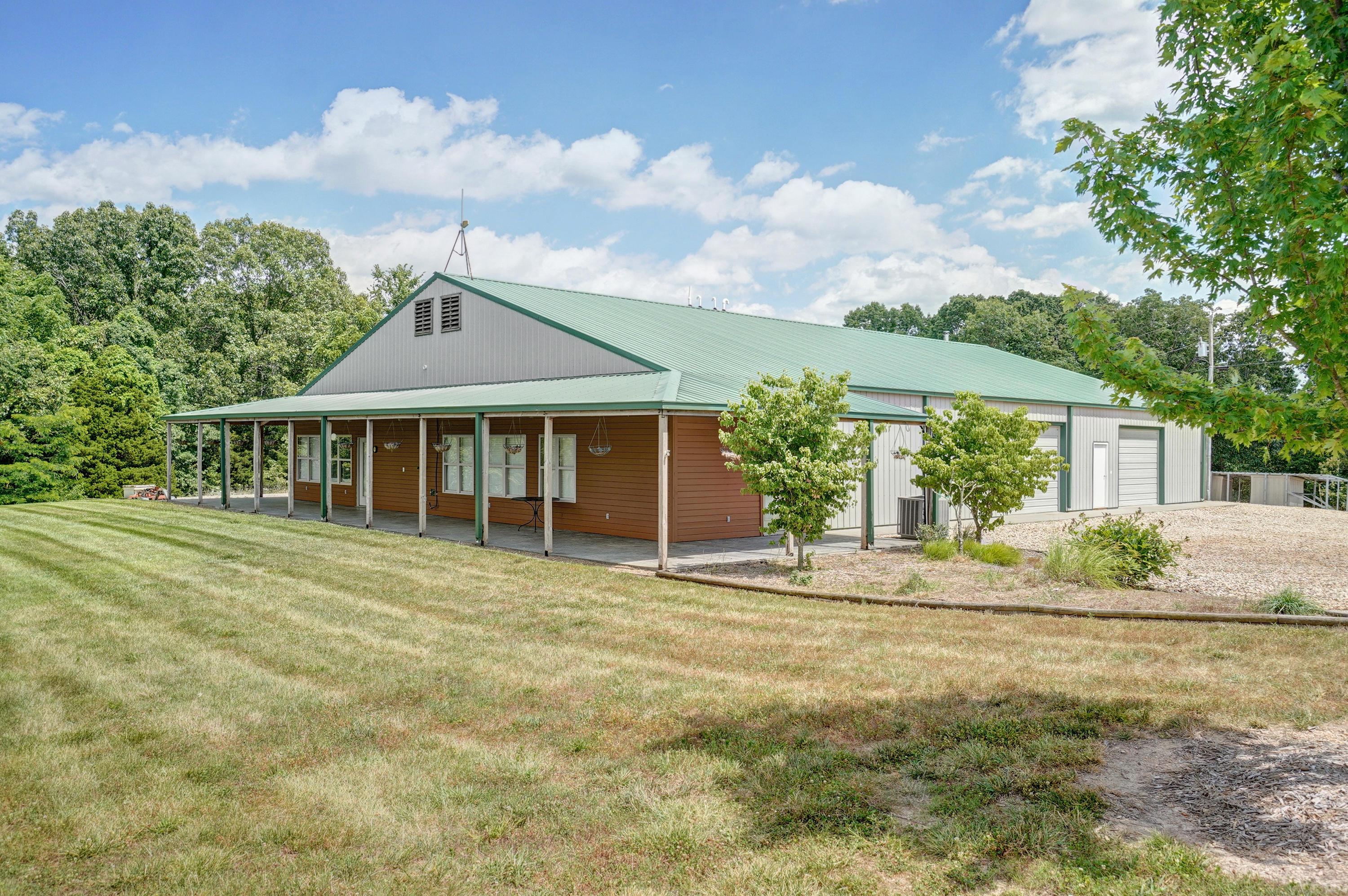 350 Red Bridge Road Ozark, MO 65721
