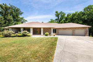 1909 South Shady Hill Lane, Springfield, MO 65809