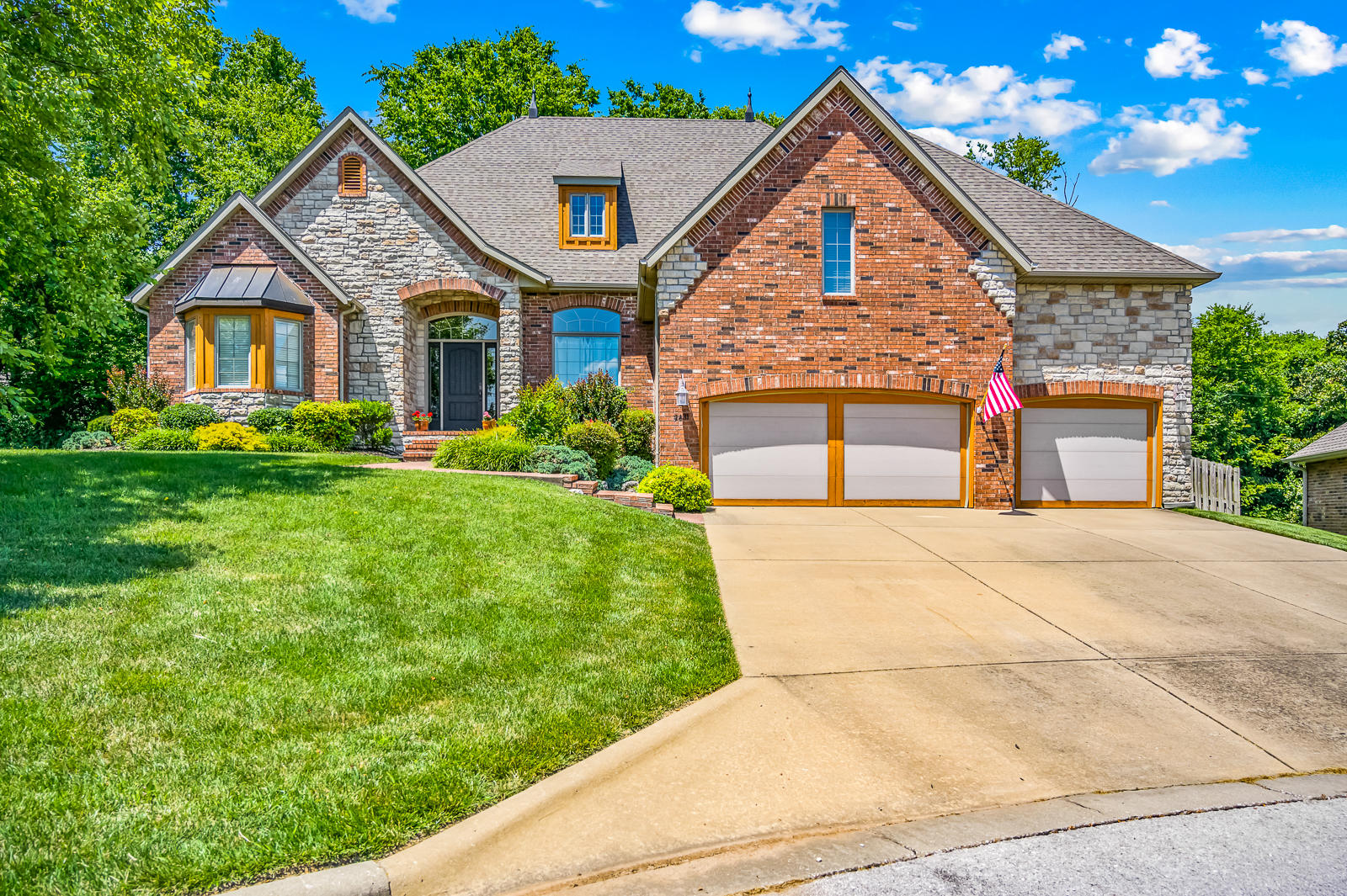 2431 East Southview Court Ozark, MO 65721