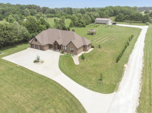 1708 North Farm Rd 213, Strafford, MO 65757