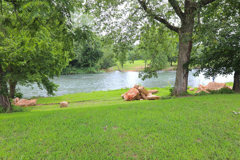 Lot 17 Spring River Landing