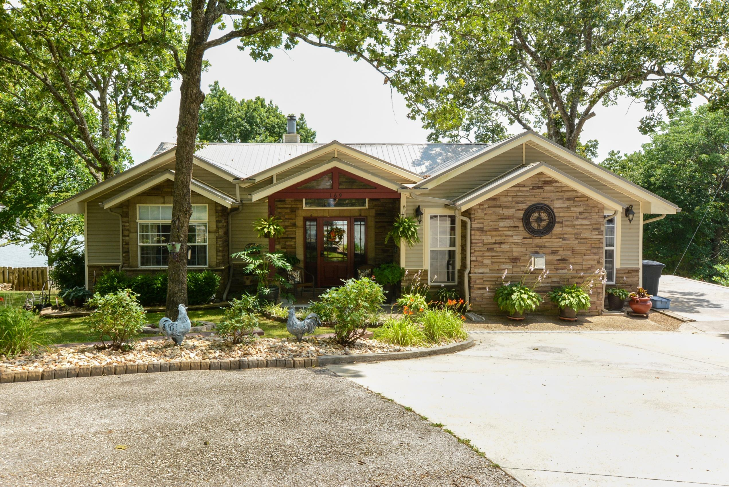 169 Waterscape Road Ridgedale, MO 65739