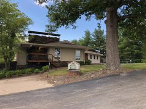 4415 East State Highway D (Sunshine), Springfield, MO 65804