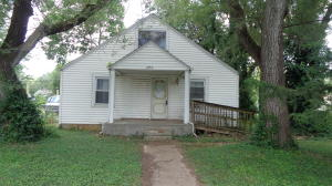 2556 West Lincoln Street, Springfield, MO 65806
