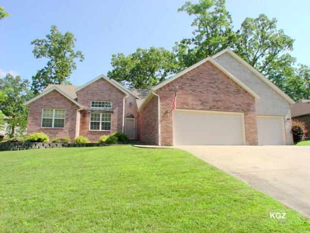 413 Edgewater Estates Kimberling City, MO 65686