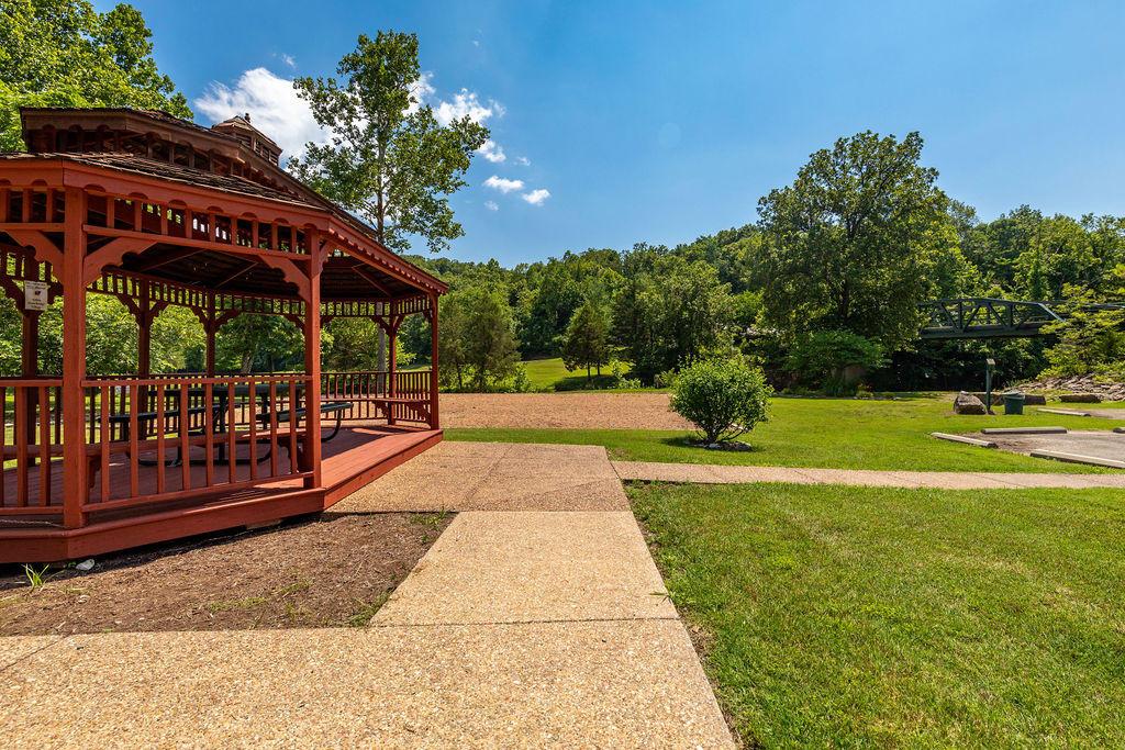403 Silverwood Circle Reeds Spring, MO 65737