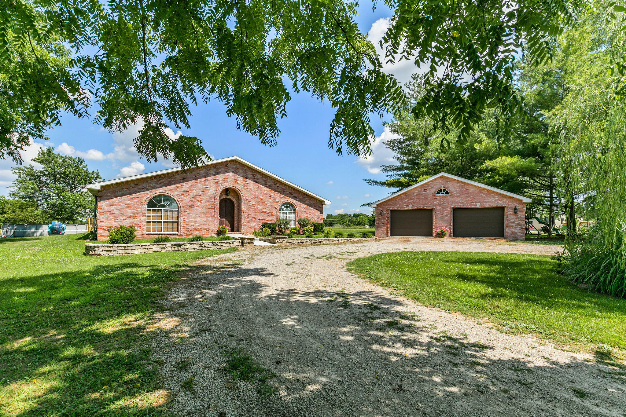 16606 Lawrence 1225 Marionville, MO 65705