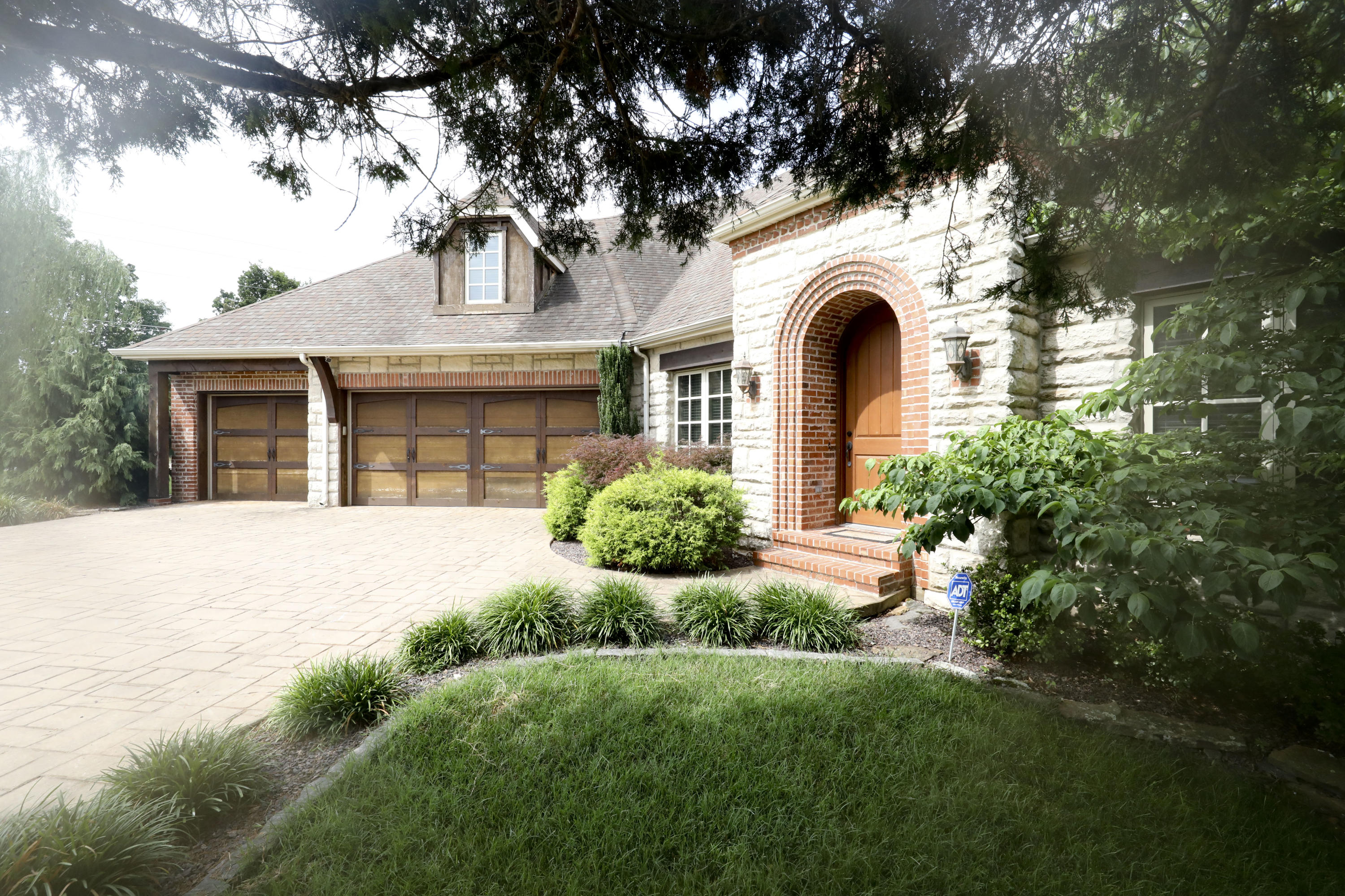 5389 South Ferguson Avenue Springfield, MO 65810